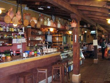 Le traditionnel bar la bodega