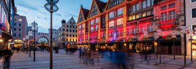 La belle ville de Munich la nuit