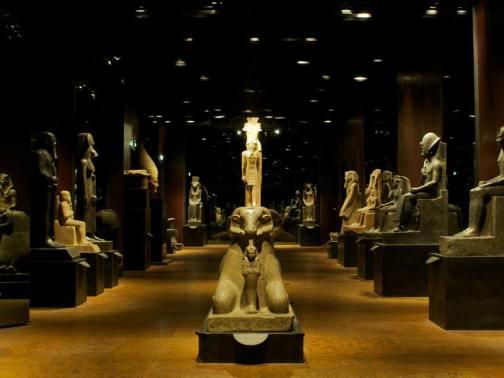 Statuario_-_photo_by_Fondazione_Museo_delle_Antichita_Egizie_di_Torino_