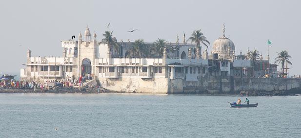 haji-ali-mosque-mumbai