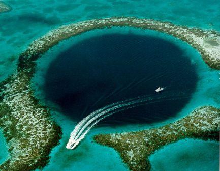 Le Blue Hole