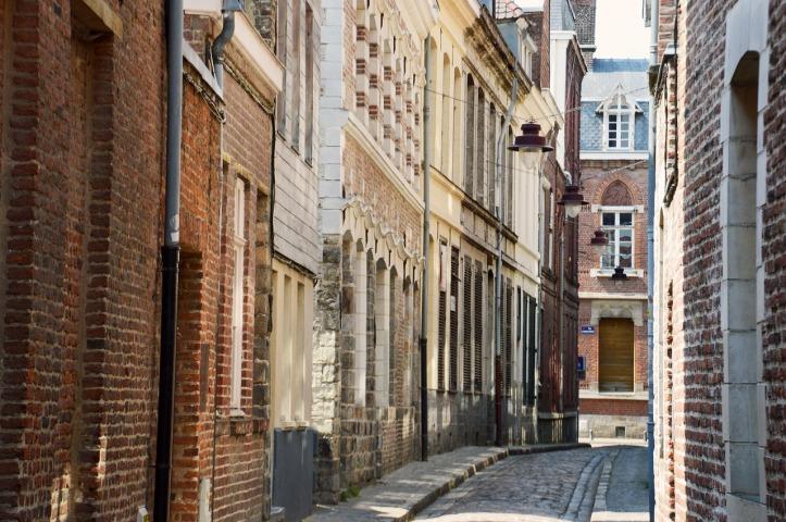 street-coquerez-3567521_1280