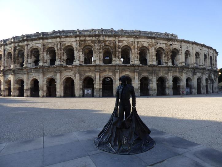 amphitheater-2882111_1280(1)